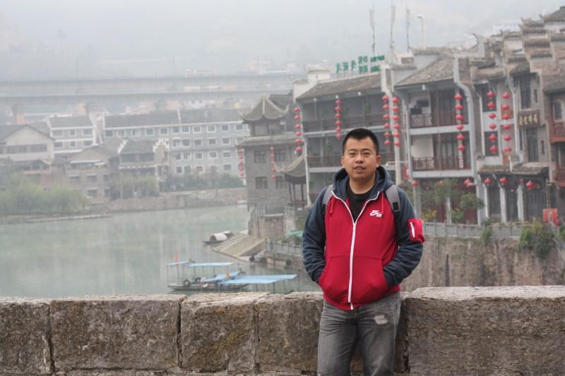 建筑与规划学院-麻洪旭-横版照片