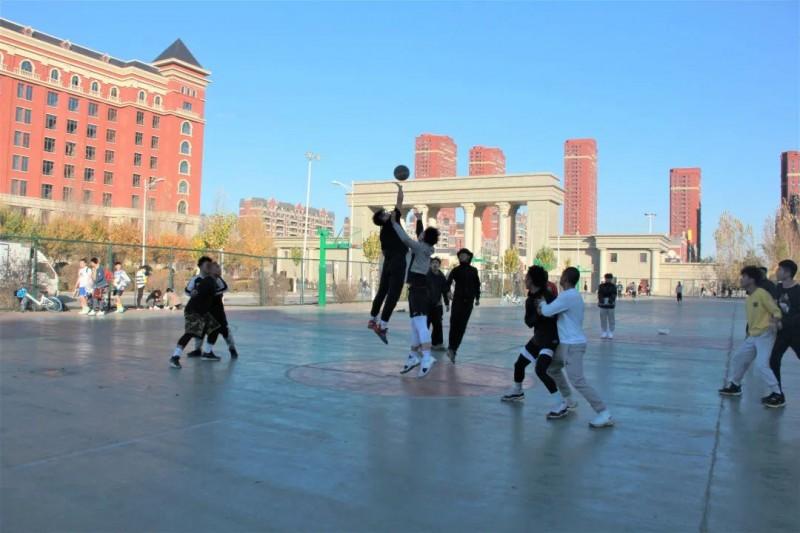 1建筑与规划学院开展篮球友谊赛-校园文化 (2)