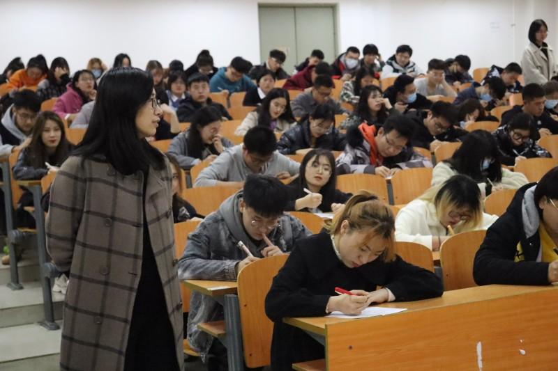 3建筑与规划学院开展学校办学定位及精神知识竞赛 (2)