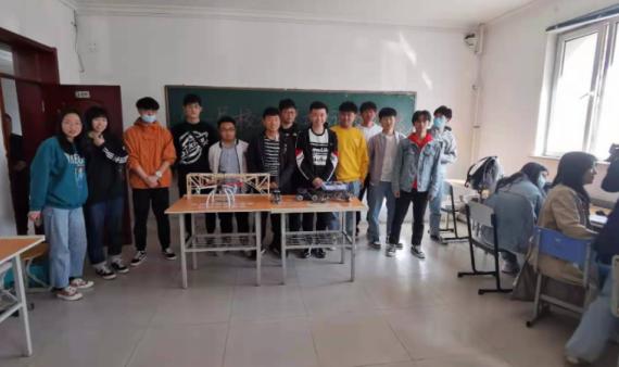 机械工程学院机械工程训练社团开展大学生工程训练交流活动