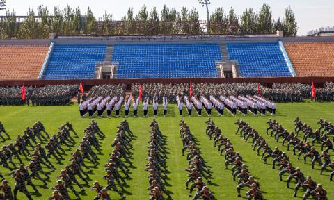 中国福彩app官方下载召开2021级新生开学典礼暨军训阅兵