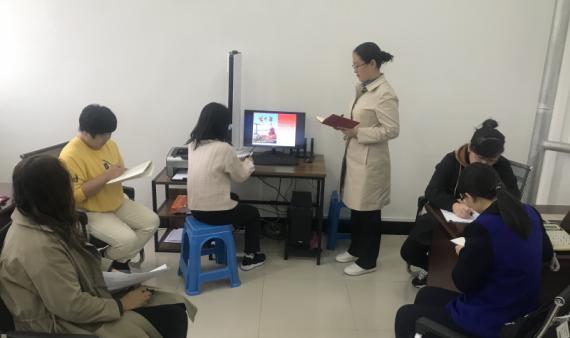 学习习近平总书记给全国高校黄大年式教师团队代表重要回信精神